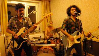 Tiny Concert en la Allee der Kosmonauten en Berlin