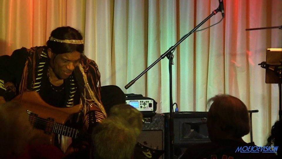 Stanley Jordan plays JIMI HENDRIX Live @ The Bull Run Restaurant 10/3/19